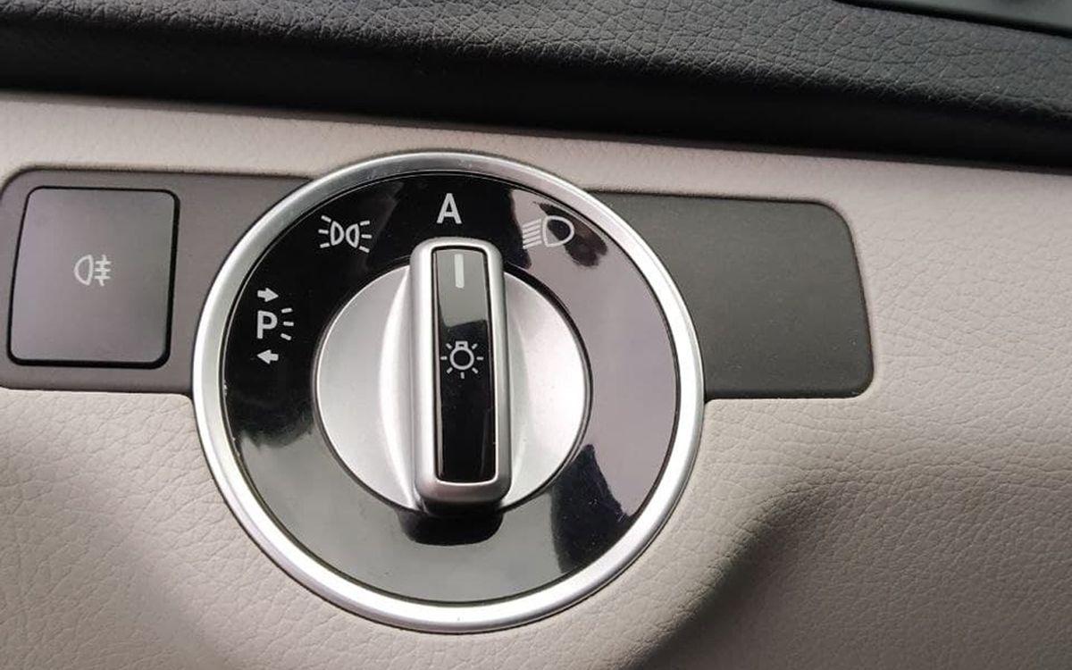 Mercedes-Benz C 200 D 2011 фото №17