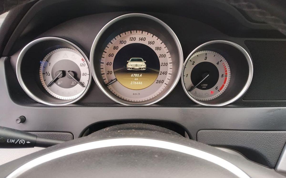 Mercedes-Benz C 200 D 2011 фото №18