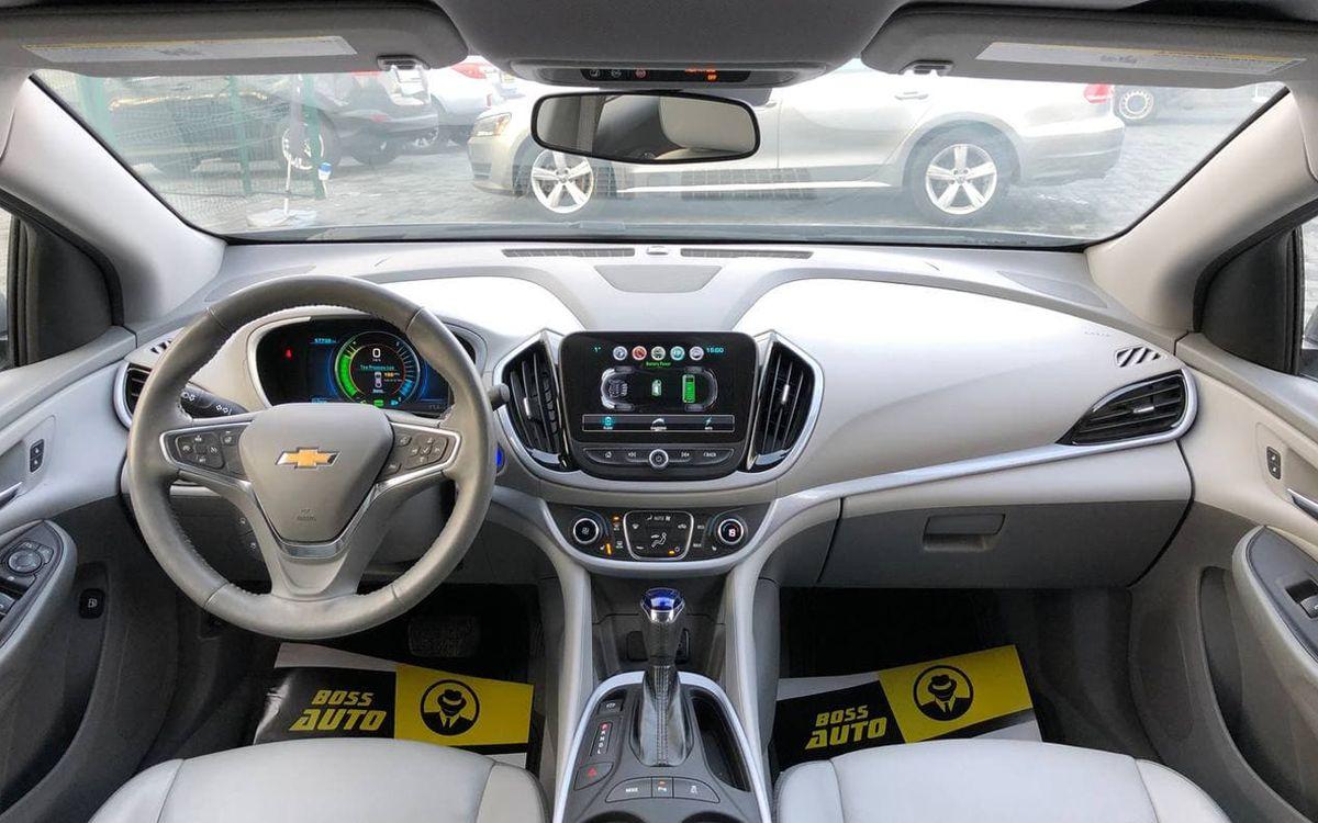 Chevrolet Volt 2018 фото №10