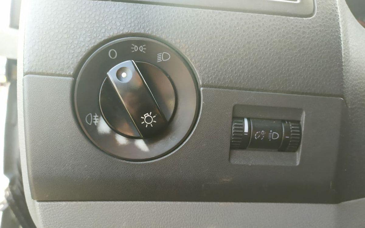 Volkswagen T5 2003 фото №13