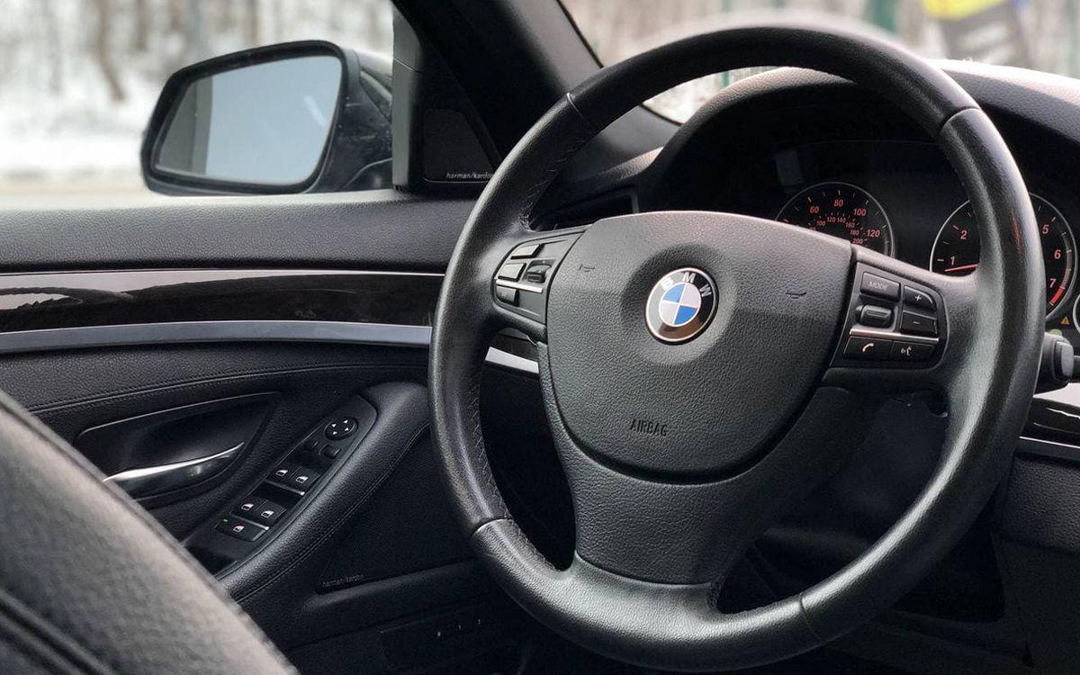 BMW 528 2013 фото №17