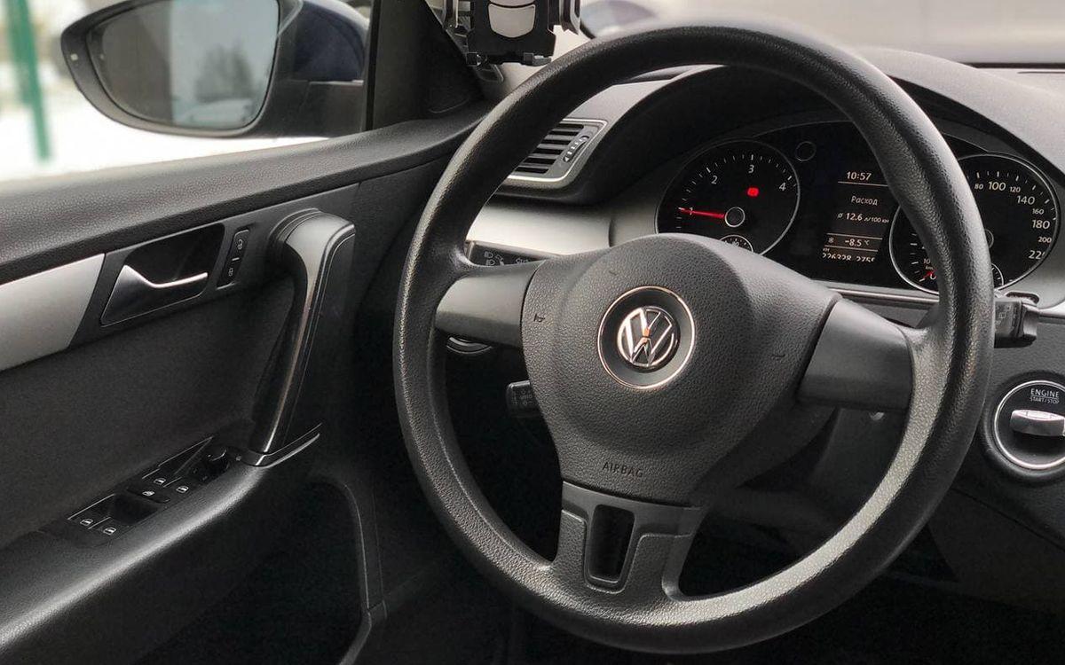 Volkswagen Passat 2011 фото №7