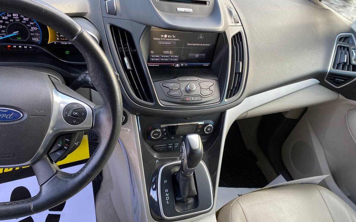 Ford C-Max SEL Hybrid plug in 2013 фото №11
