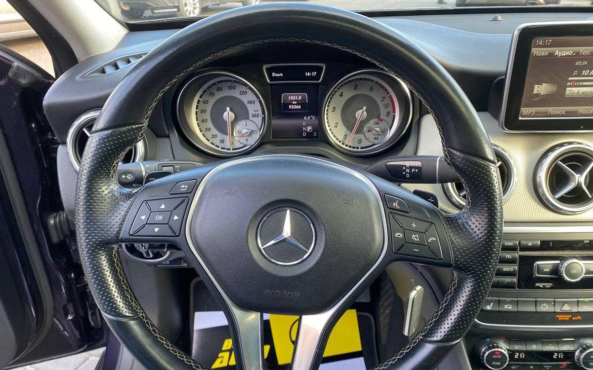 Mercedes-Benz GLA 250 2014 фото №12