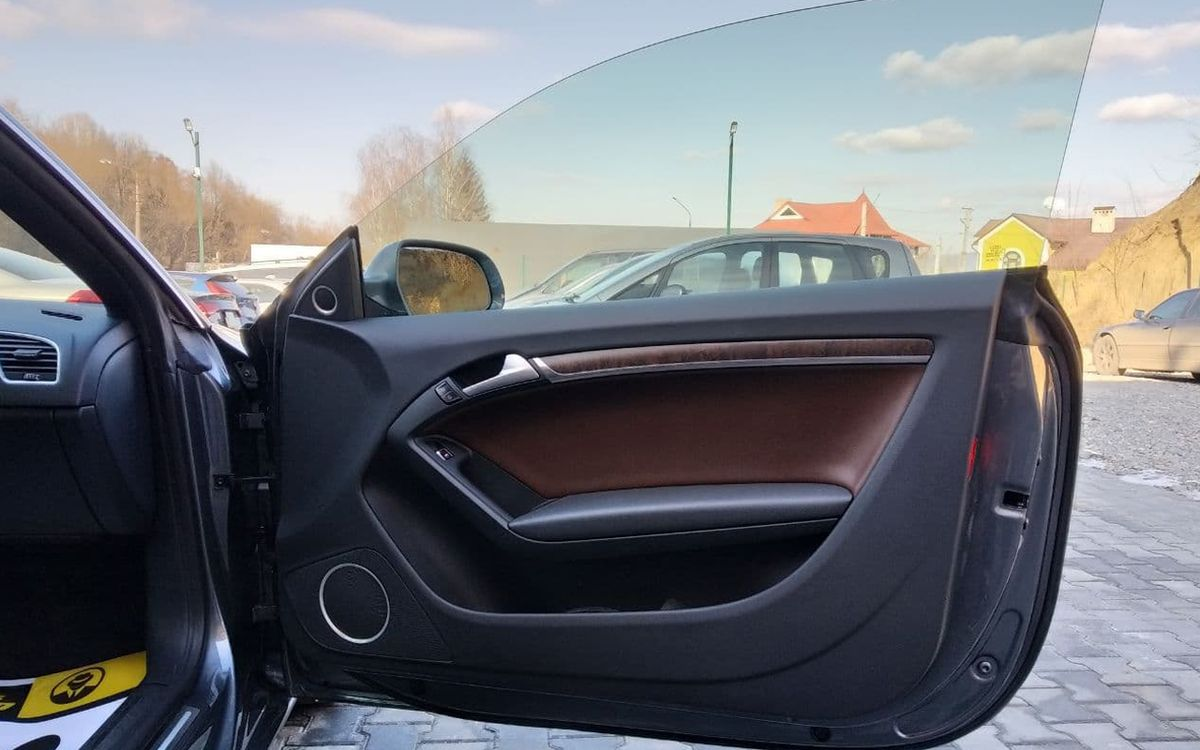 Audi A5 2012 фото №11
