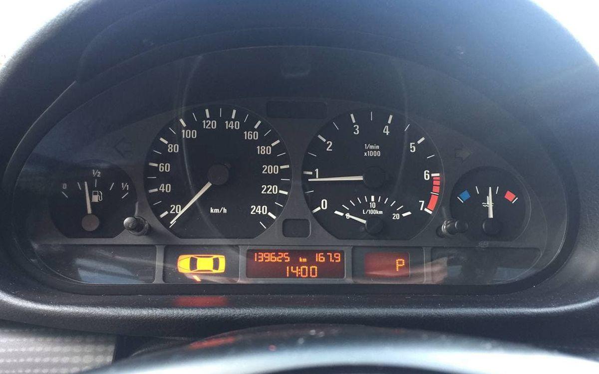 BMW 316 2001 фото №10