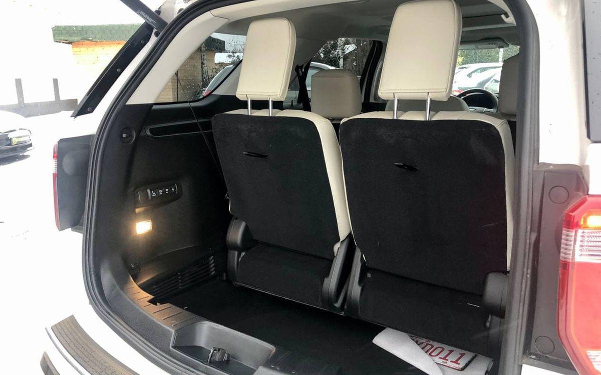 Ford Explorer Platinum 2017 фото №20