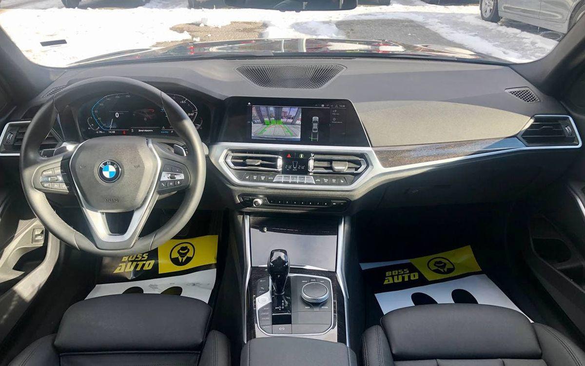 BMW 330 2019 фото №12
