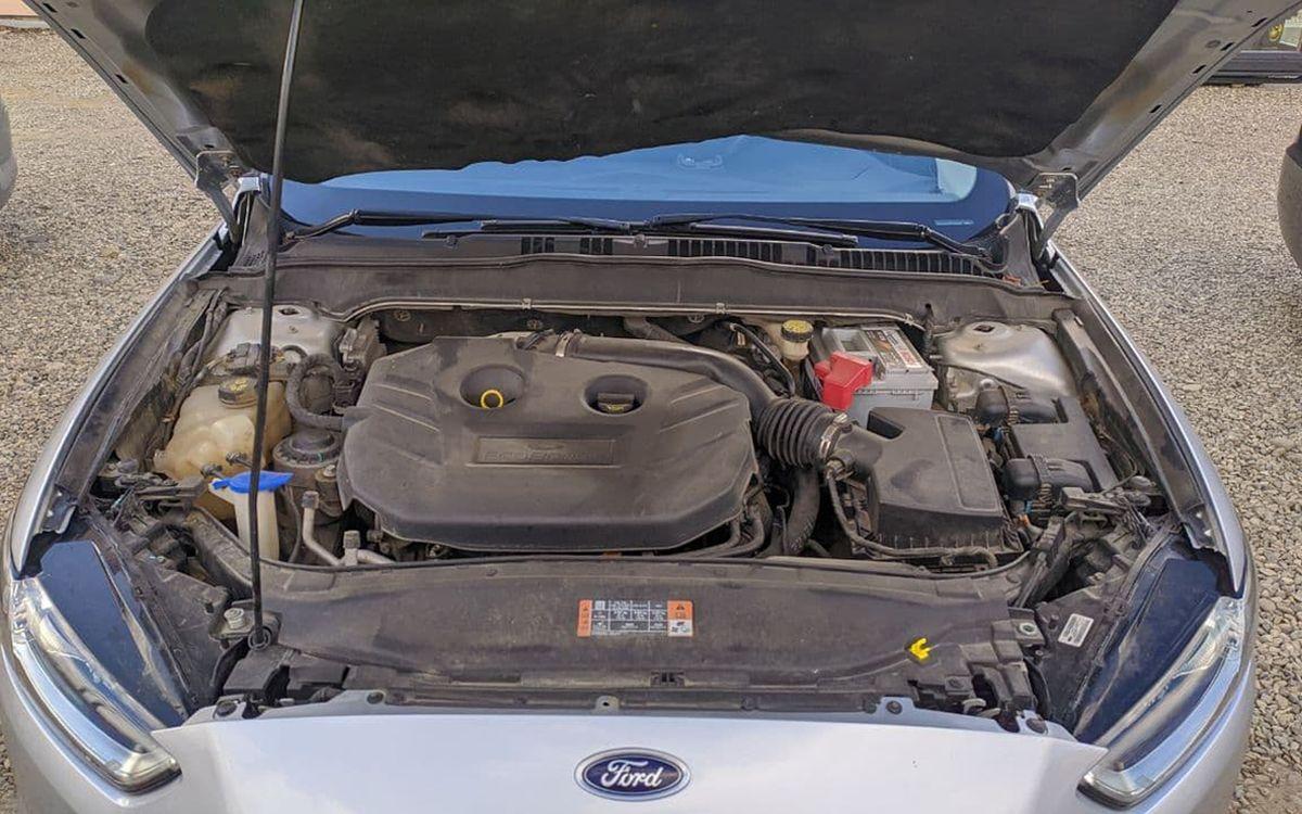 Ford Fusion SE 2015 фото №20