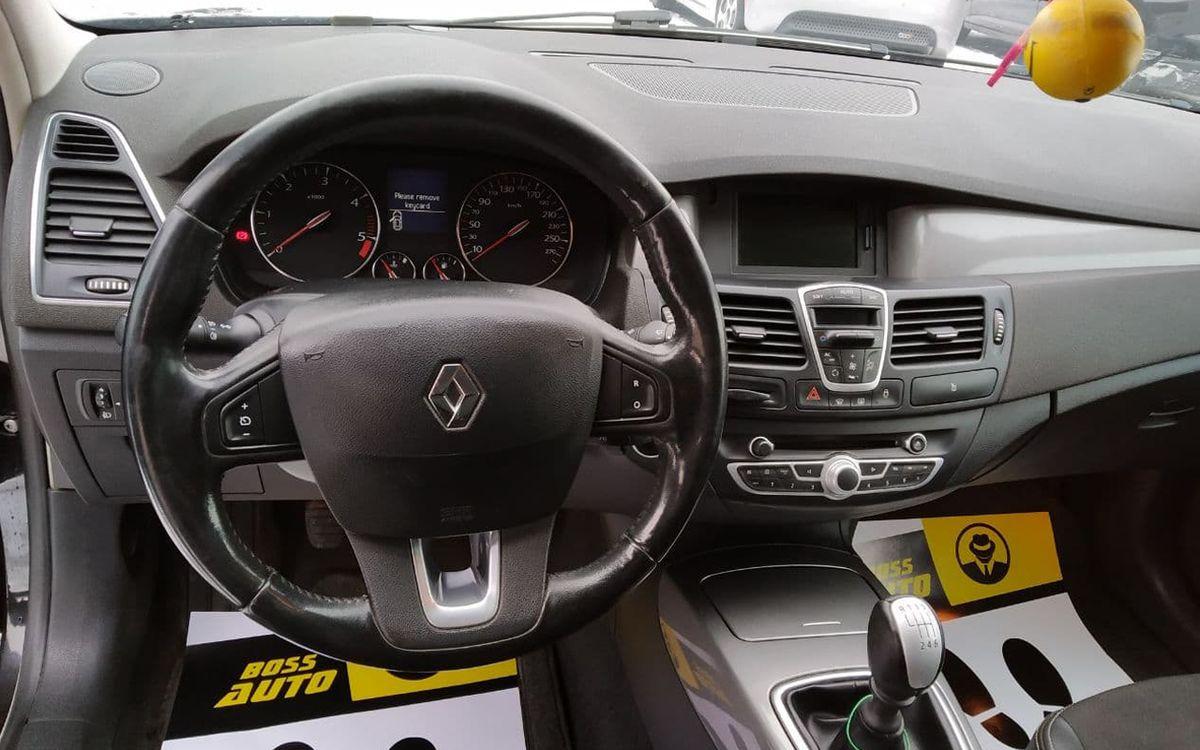 Renault Laguna 2012 фото №14