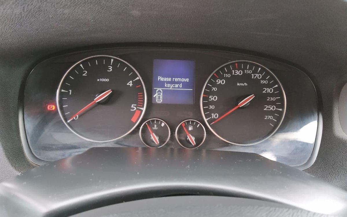 Renault Laguna 2012 фото №15
