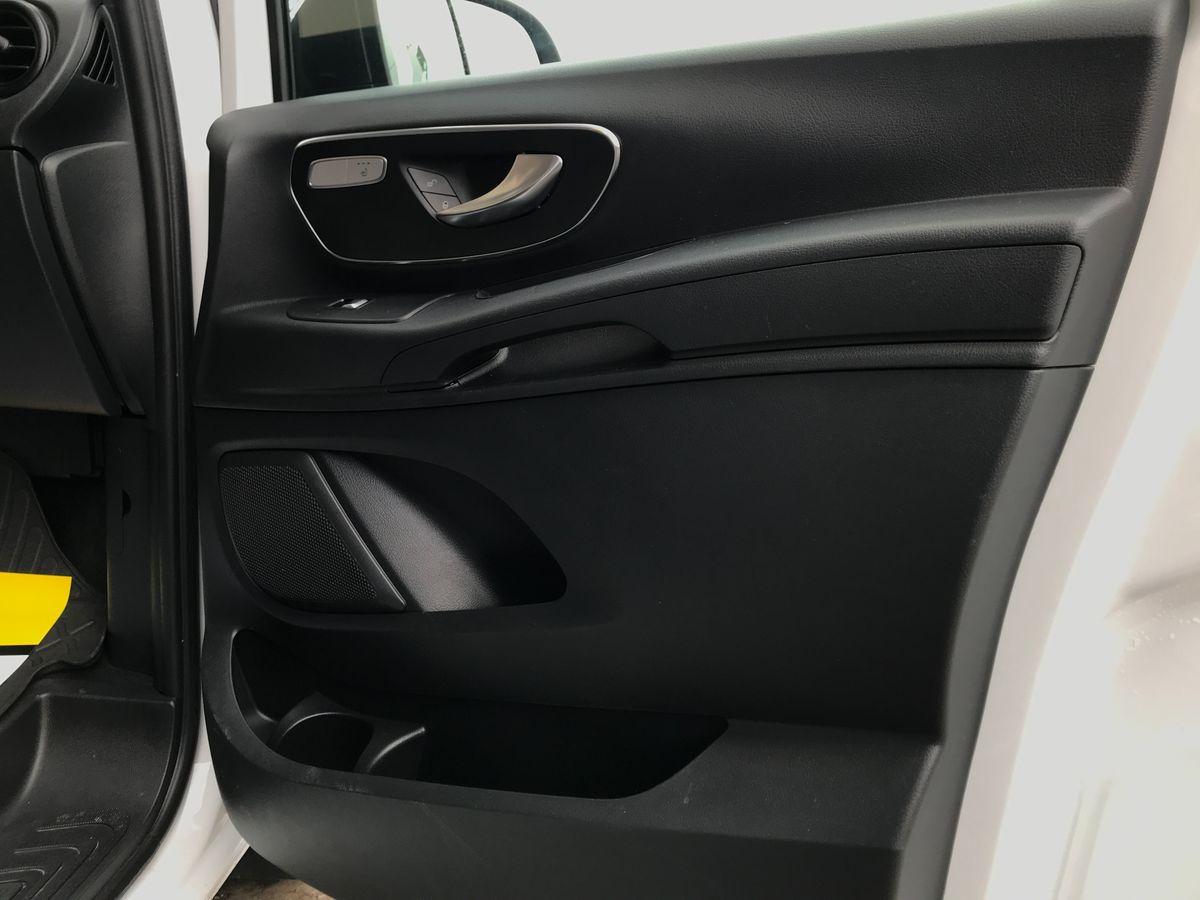 Mercedes-Benz V 200 2017 фото №17
