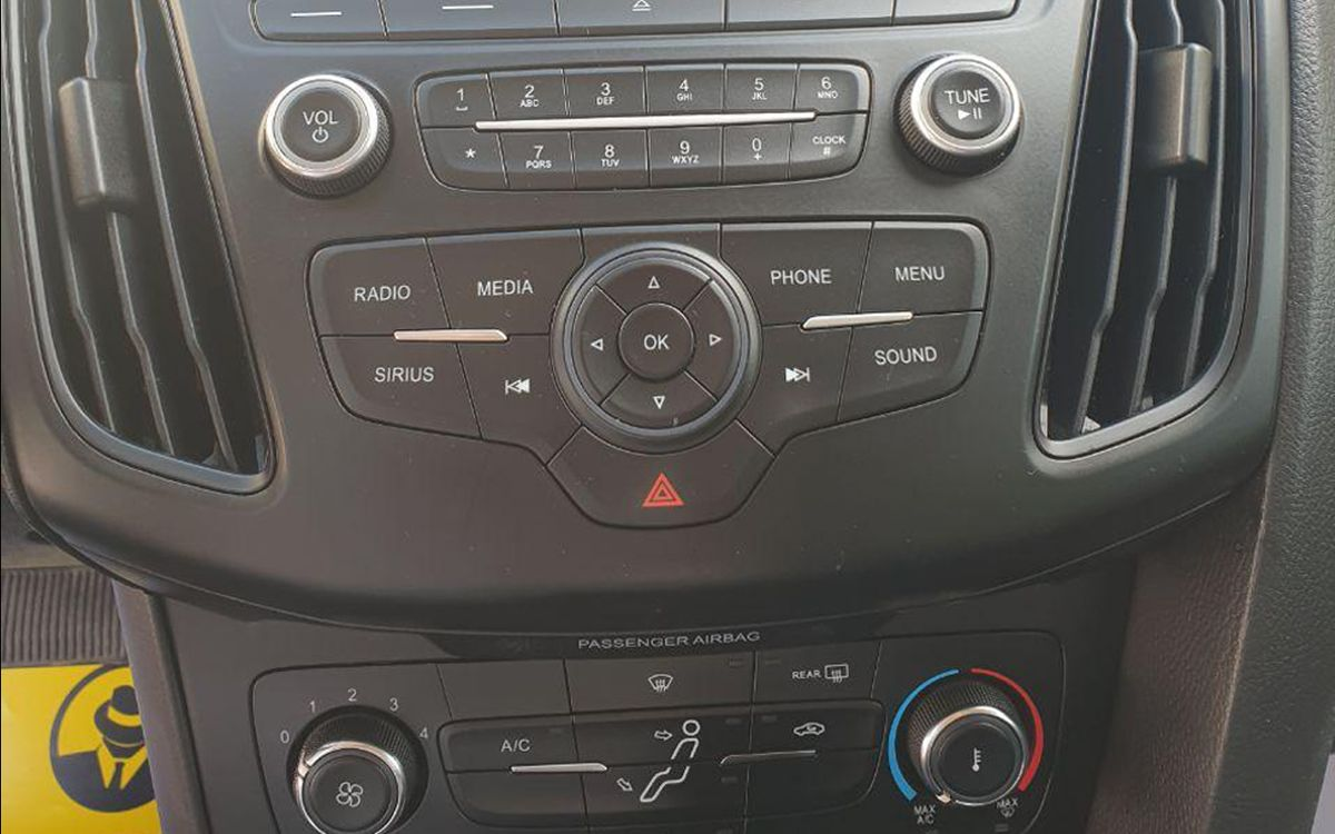 Ford Focus 2015 фото №12