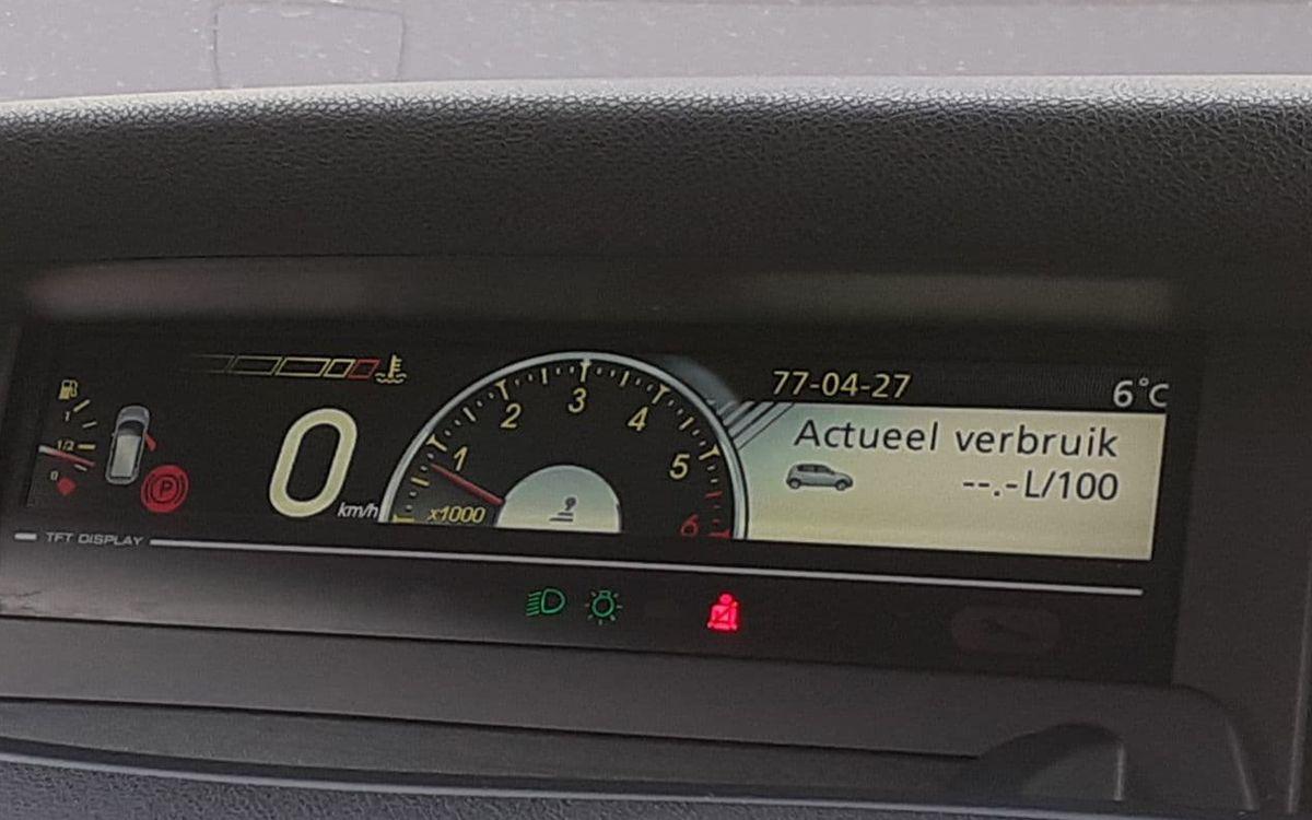 Renault Megane Scenic 2011 фото №16