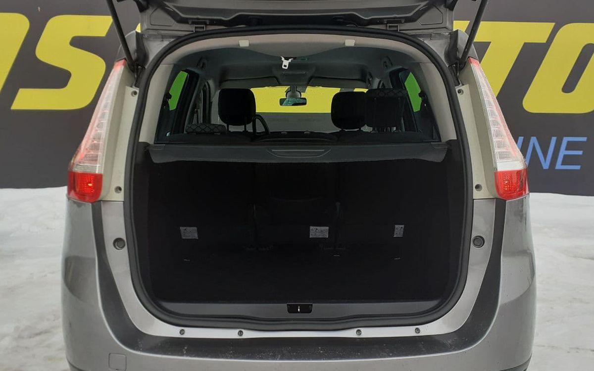 Renault Megane Scenic 2011 фото №17