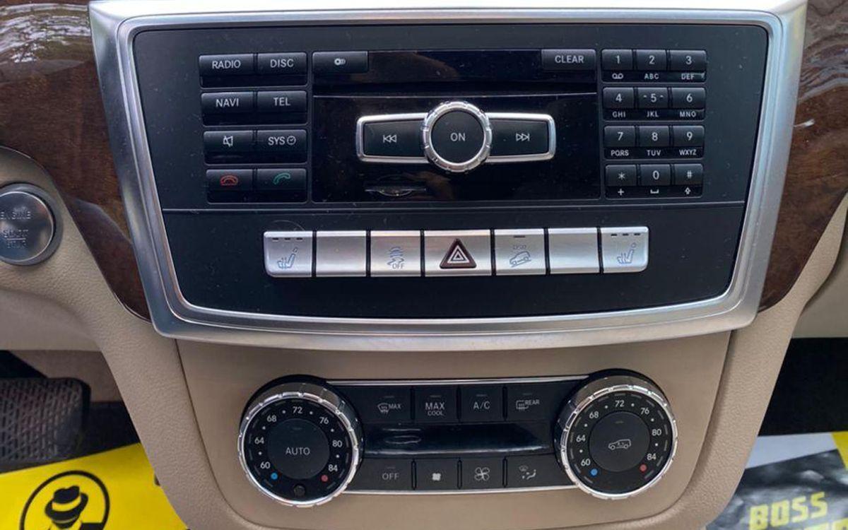 Mercedes-Benz ML 350 2012 фото №12