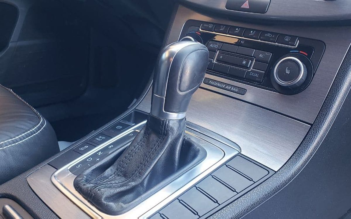 Volkswagen Passat 2011 фото №14