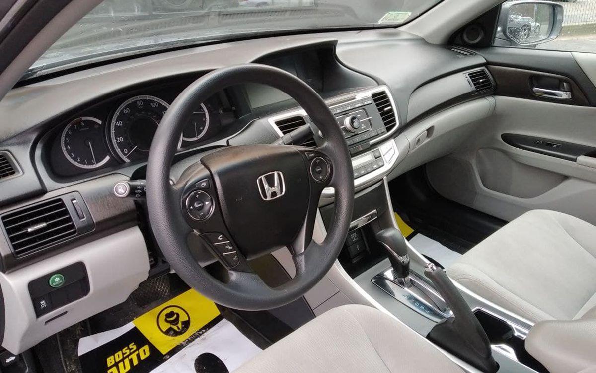 Honda Accord 2013 фото №9