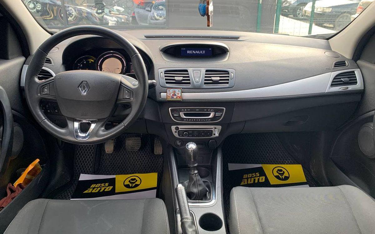 Renault Megane 2014 фото №9