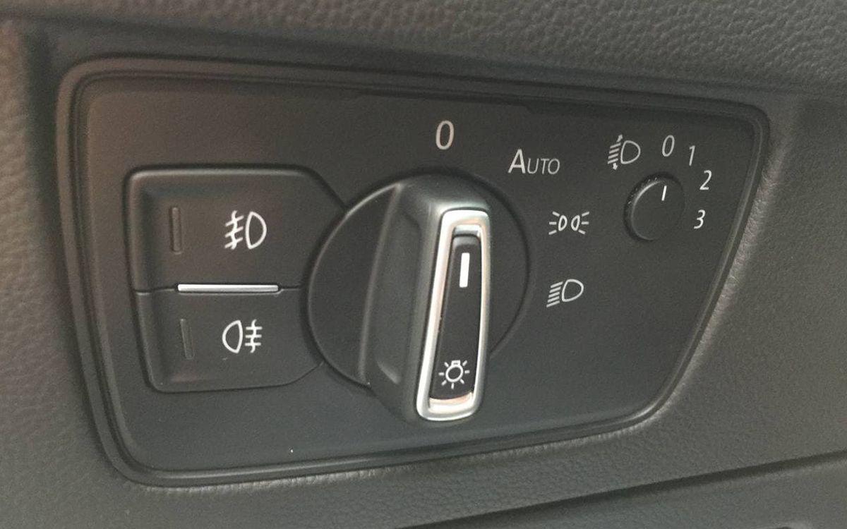 Volkswagen Passat 2016 фото №18