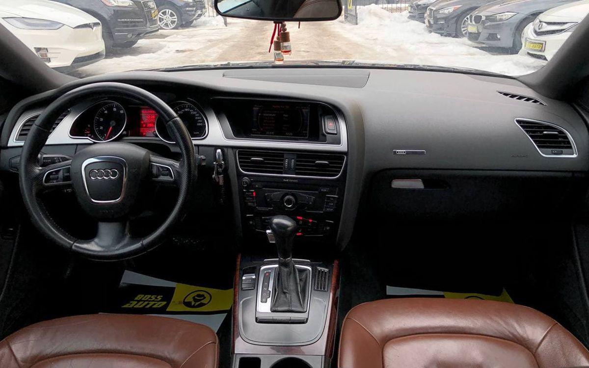 Audi A5 2009 фото №13