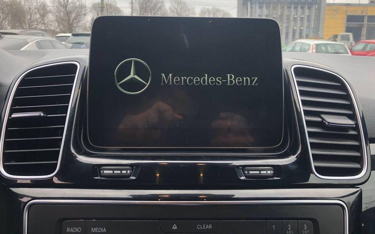 Mercedes-Benz GLE 350 2016 фото №16