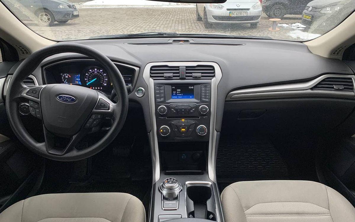 Ford Fusion 2016 фото №9