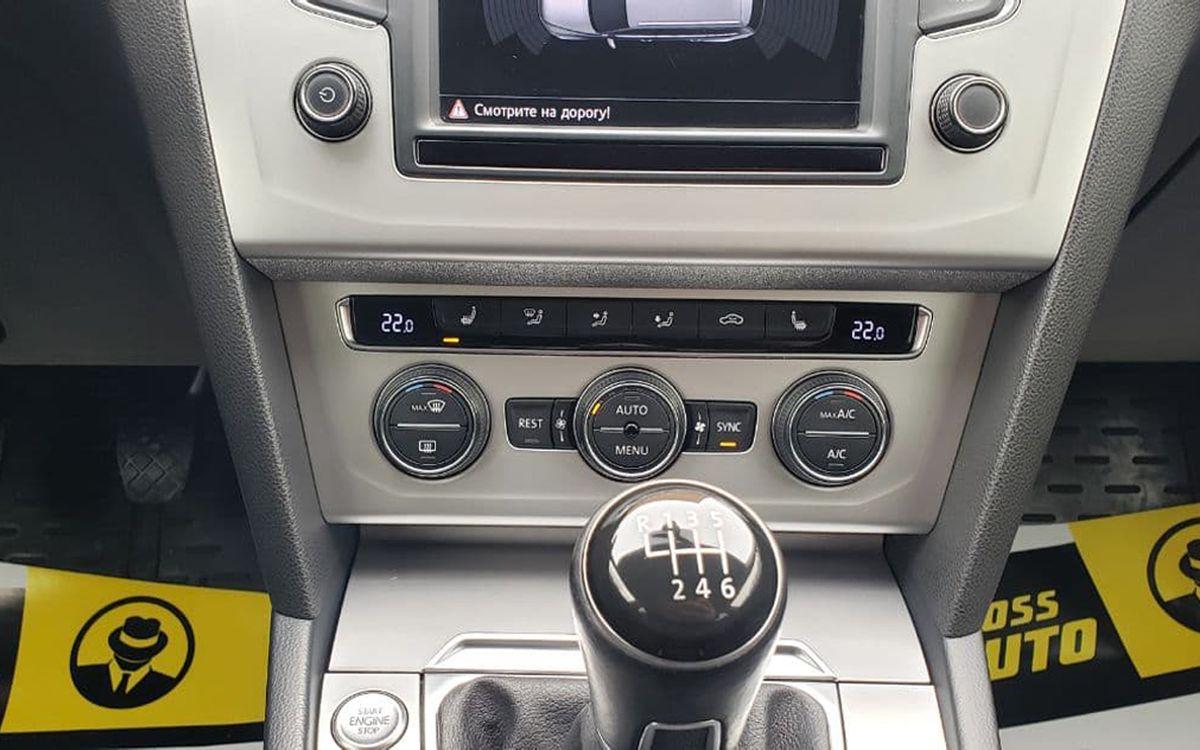 Volkswagen Passat 2014 фото №10