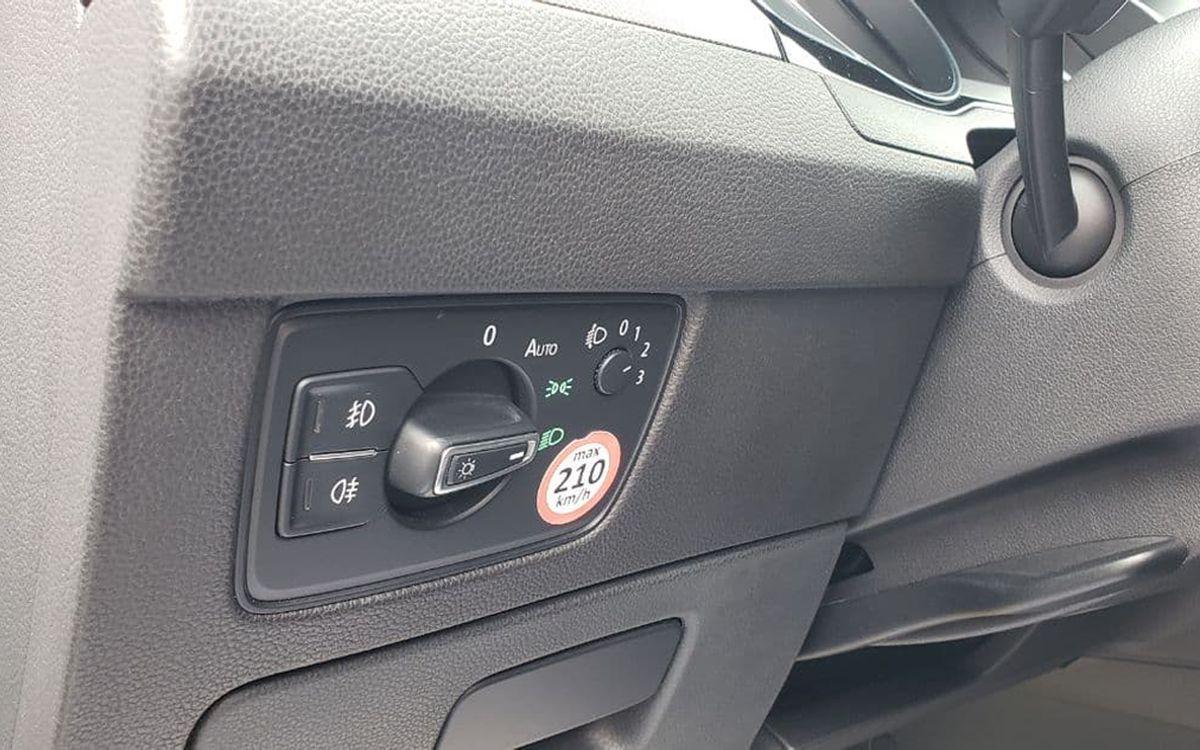 Volkswagen Passat 2014 фото №11