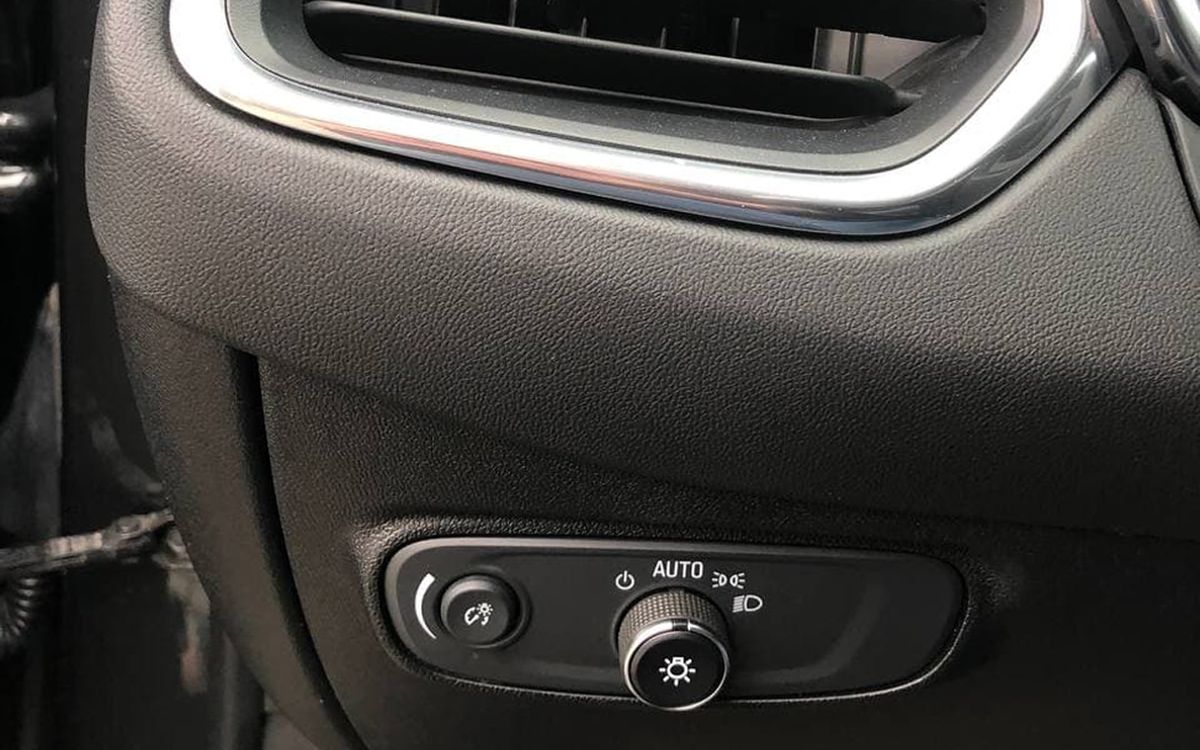 Chevrolet Equinox 2018 фото №18
