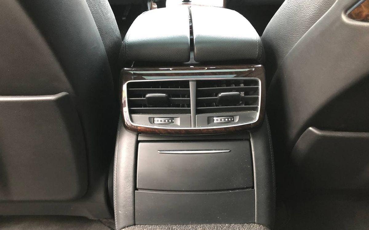 Audi A8 2014 фото №19