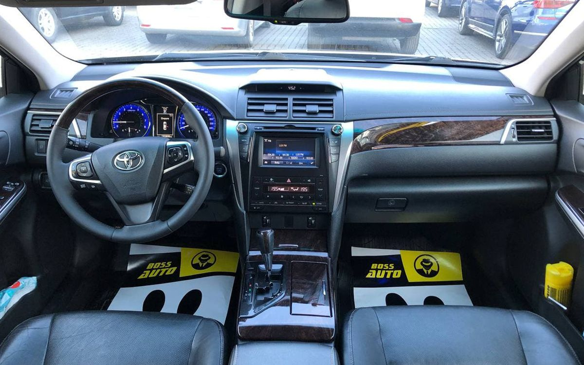Toyota Camry 2015 фото №12