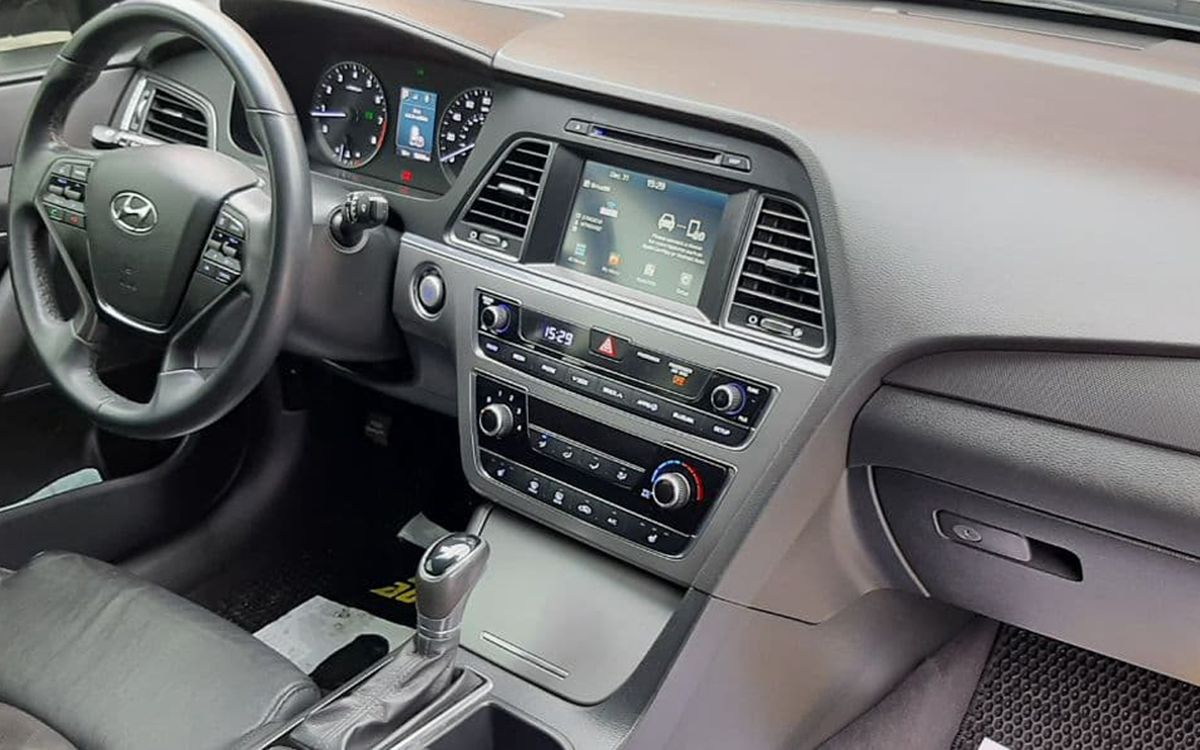 Hyundai Sonata 2016 фото №11