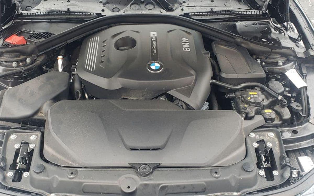 BMW 320 2018 фото №17