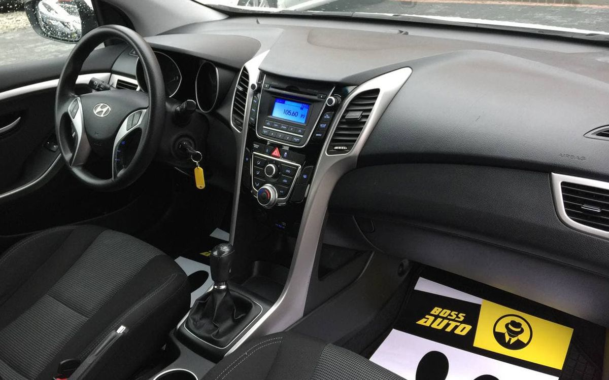 Hyundai i30 2015 фото №13