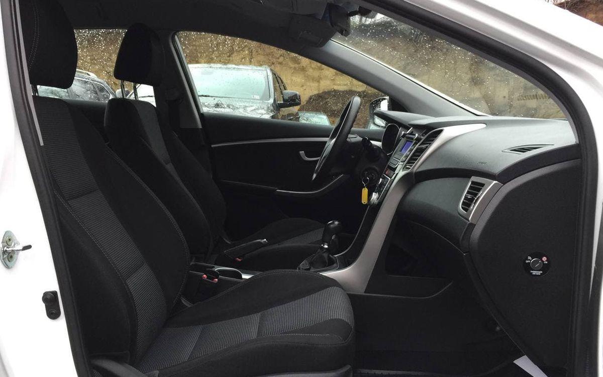 Hyundai i30 2015 фото №15