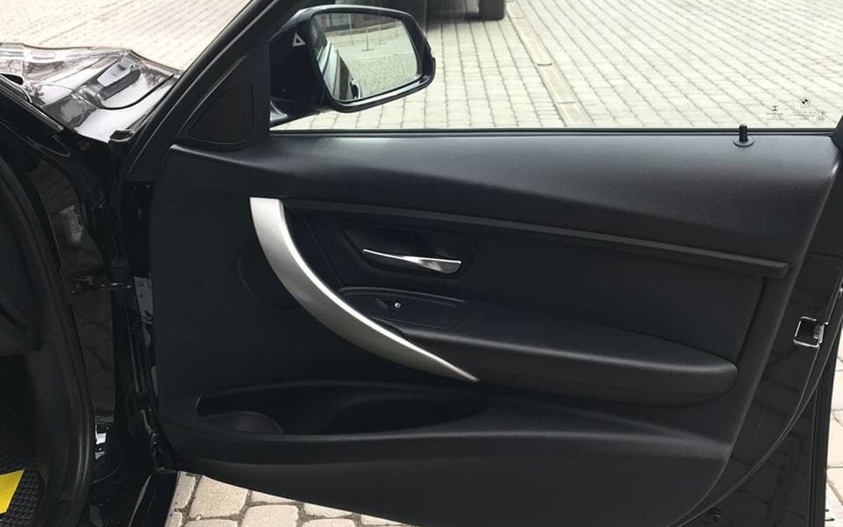 BMW 320 2014 фото №17