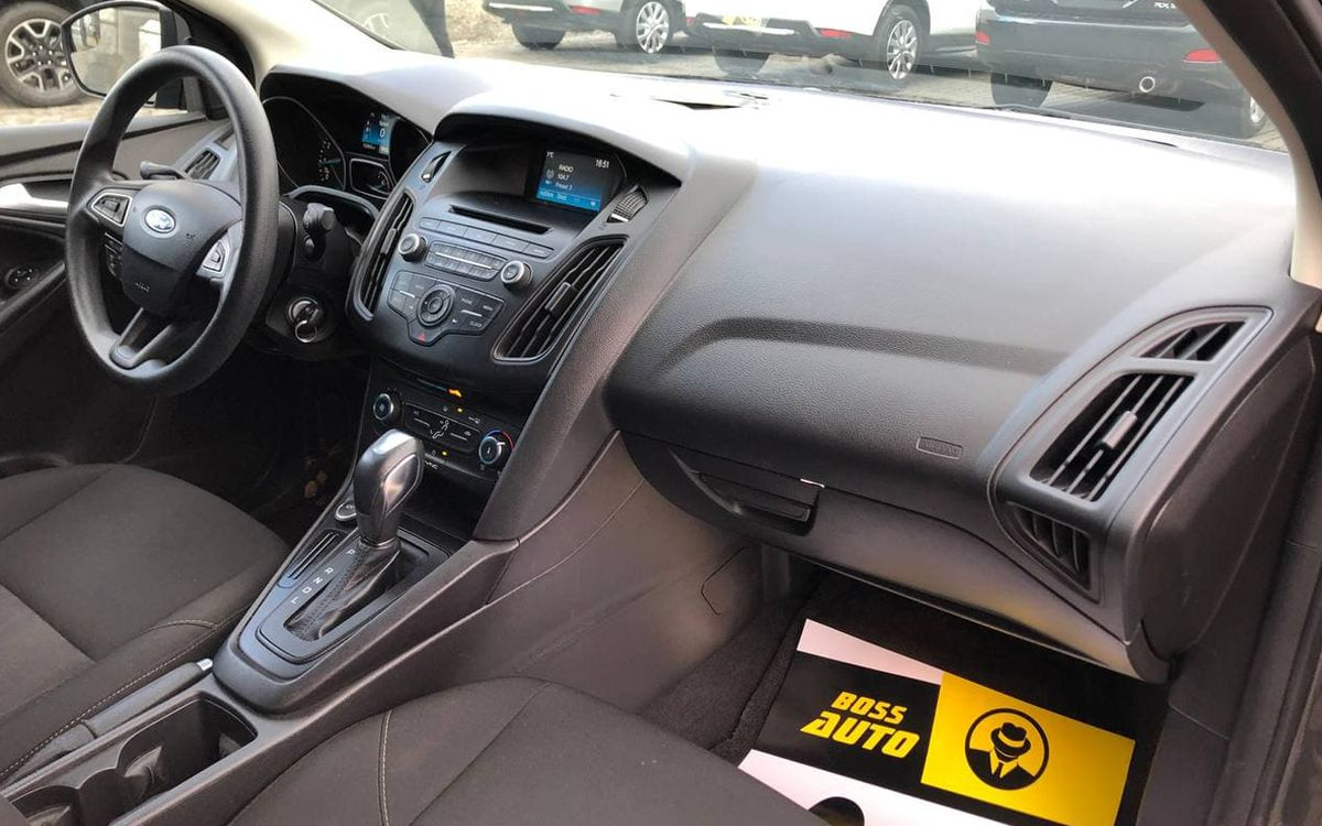 Ford Focus 2015 фото №15