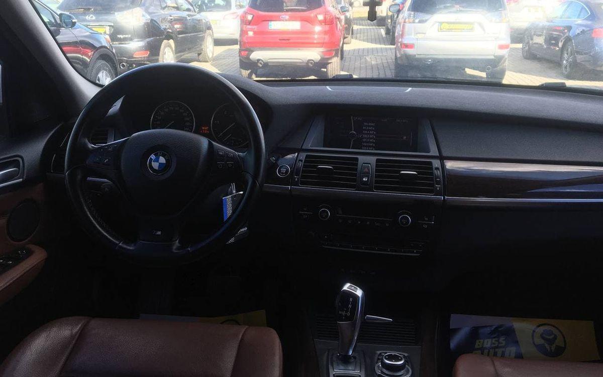 BMW X5 2012 фото №17