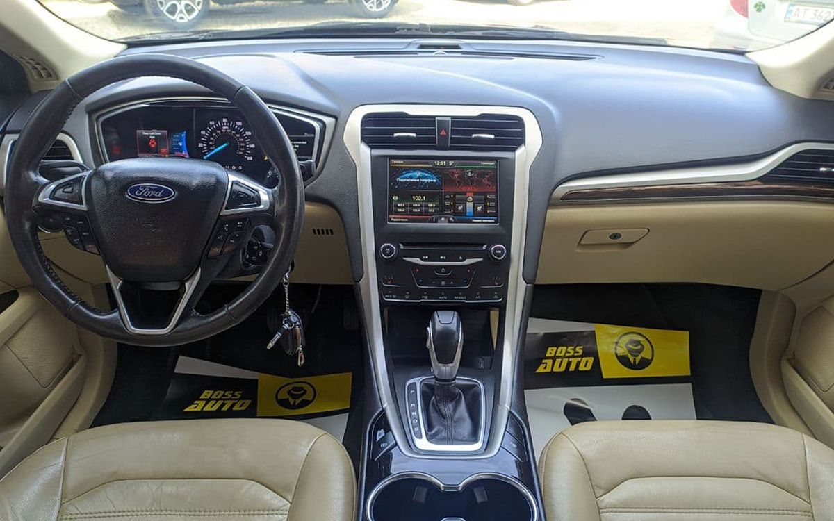 Ford Fusion 2014 фото №17