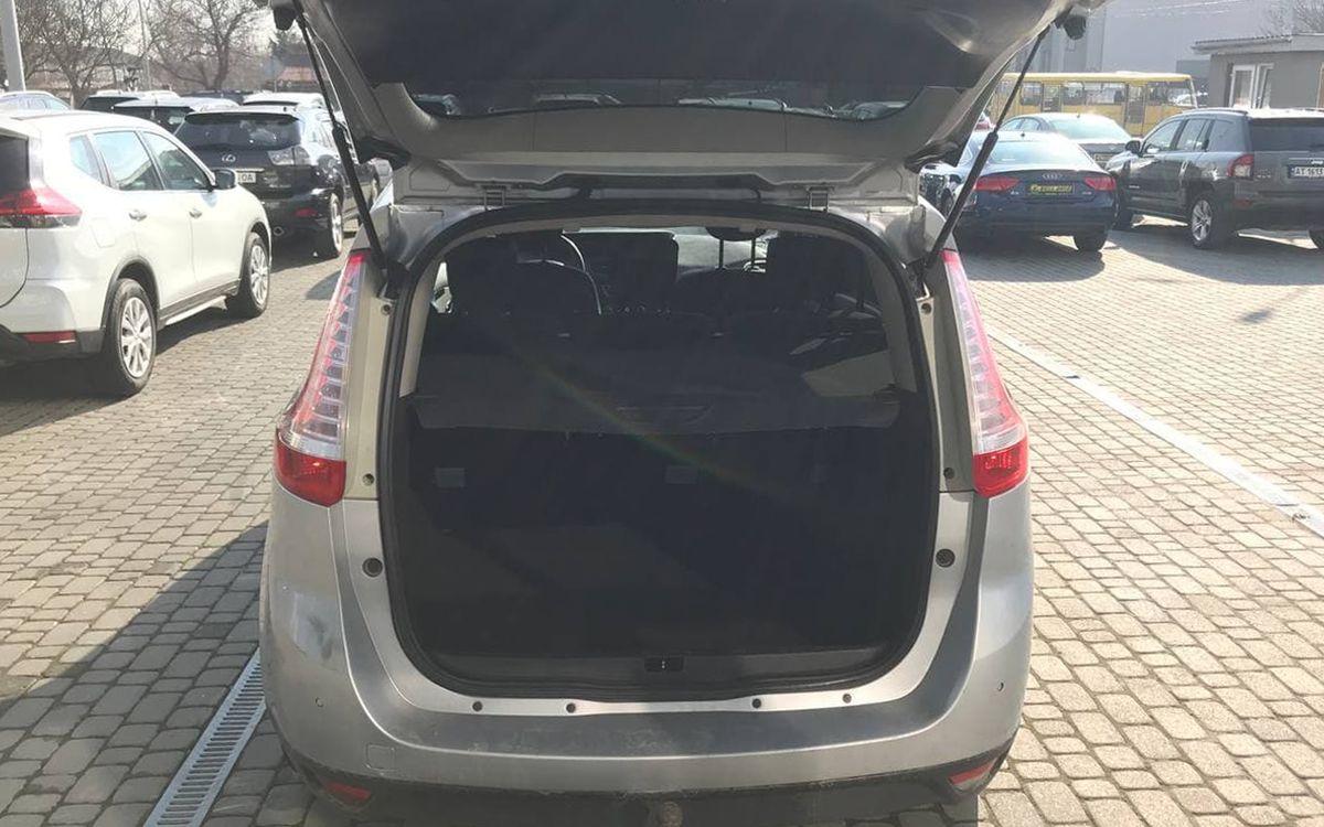 Renault Scenic 2012 фото №20