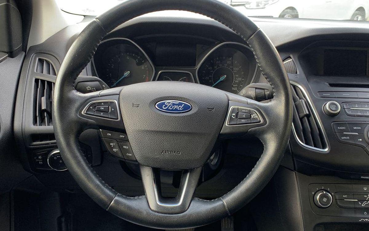 Ford Focus 2015 фото №10