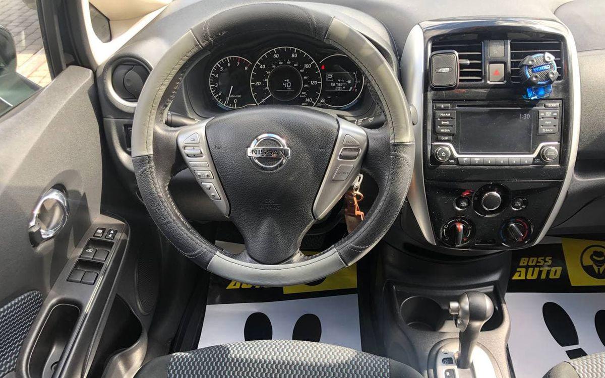 Nissan Versa 2016 фото №16