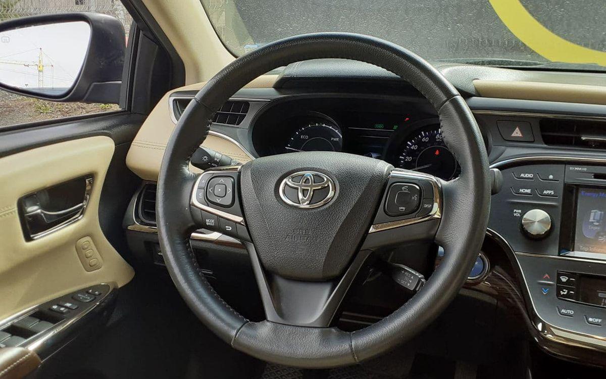 Toyota Avalon 2015 фото №17