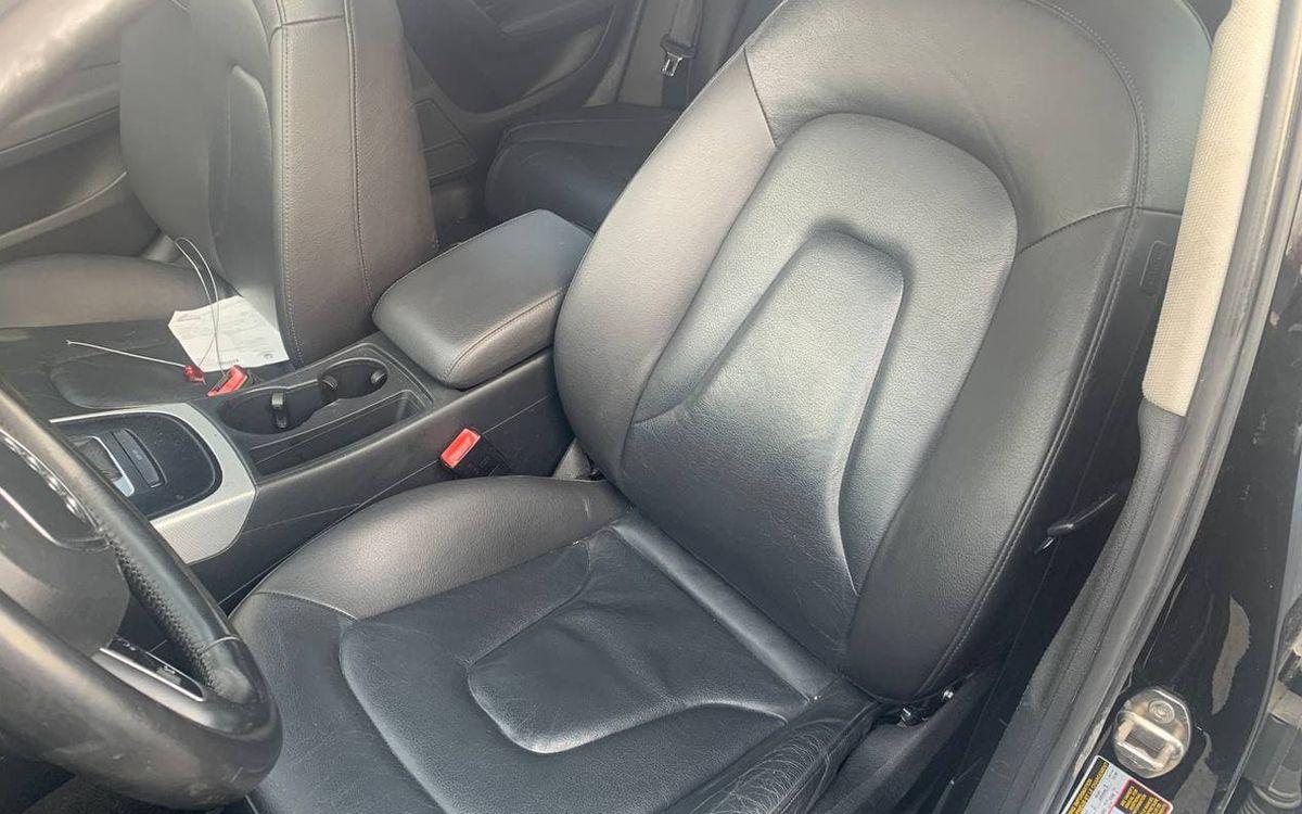 Audi A4 2010 фото №11