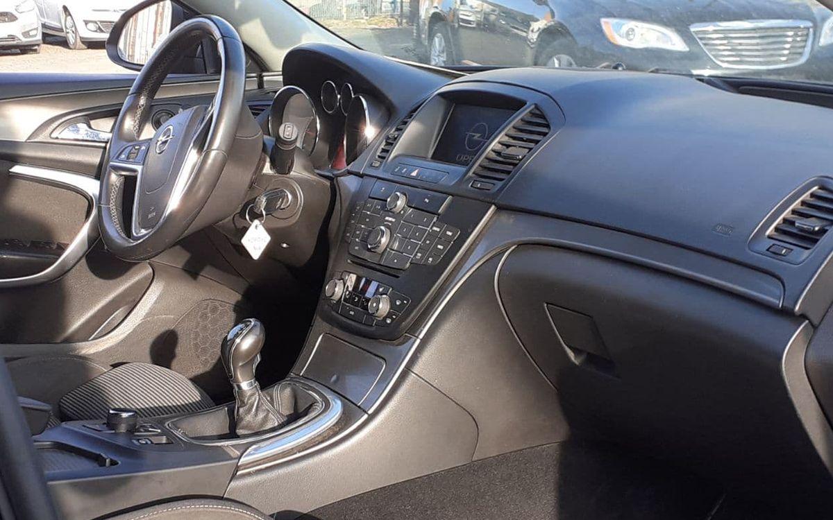 Opel Insignia 2010 фото №13