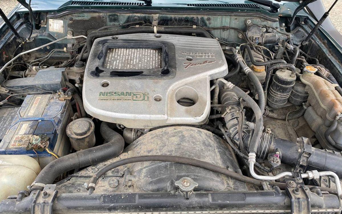 Nissan Patrol 2001 фото №18