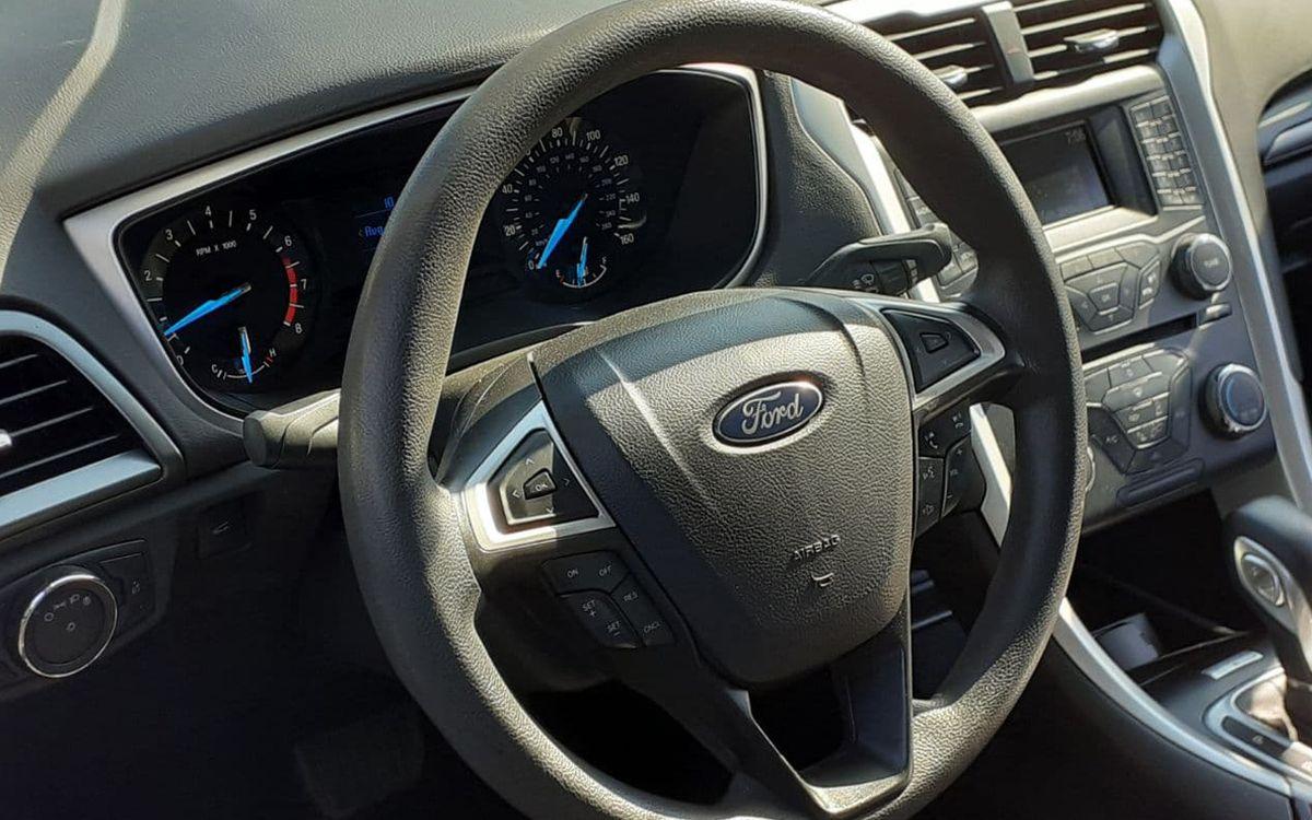Ford Fusion 2014 фото №13