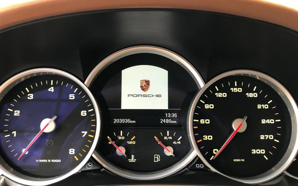 Porsche Cayenne Turbo S 2007 фото №17