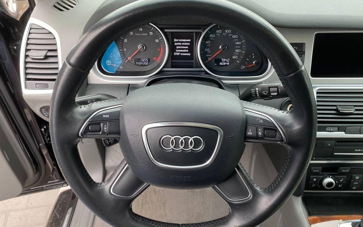 Audi Q7 2013 фото №15